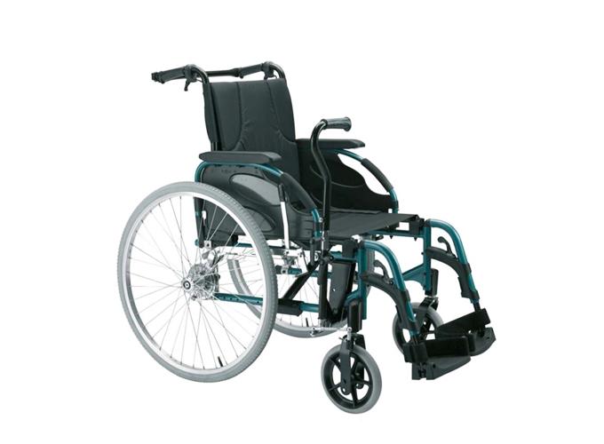Standardna invalidska kolica Action 3